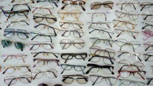 リサイクルされるメガネ